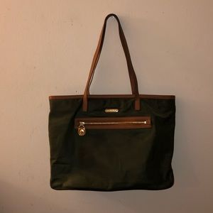 SALE FIRM💚 Michael Kors Green Canvas Tote